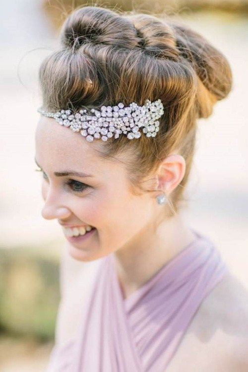 Упдо hairstyle for beach wedding