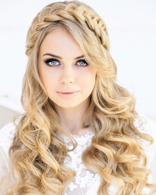 плажа wedding long curly hairstyle