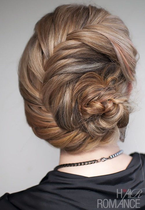 mušle braided updo