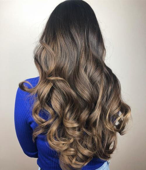 Stor Bouncy Brunette Curls