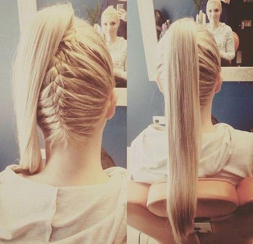 vysoký ponytail with a reverse braid