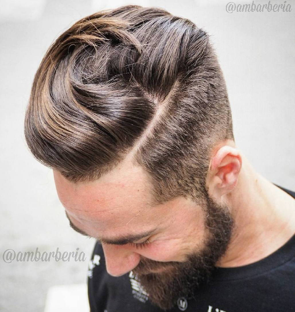 Lång Top Short Sides Hairstyle With Beard