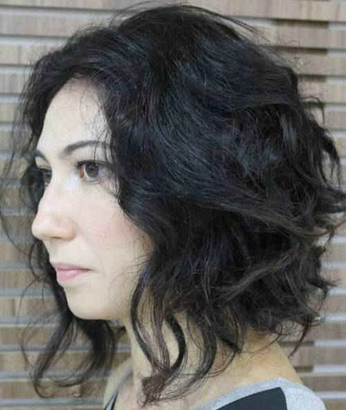 chaotický Curly Bob Hairstyle