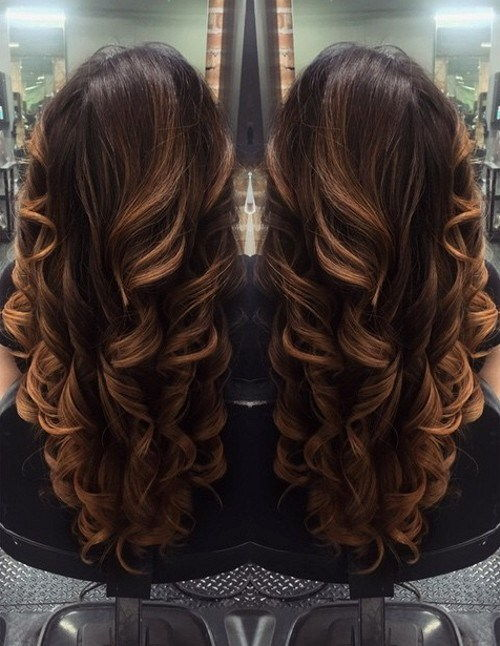 dolga brown hair with caramel balayage highlights