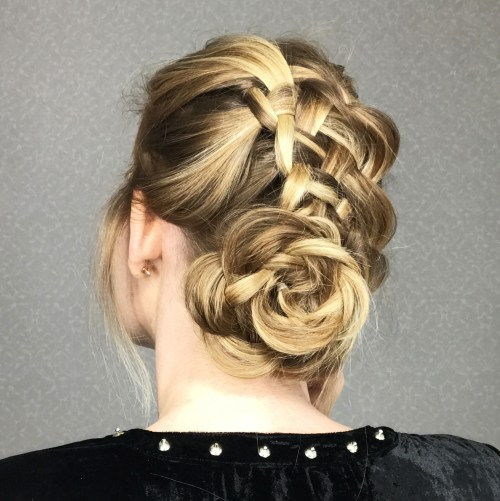 Floare Braid Bun