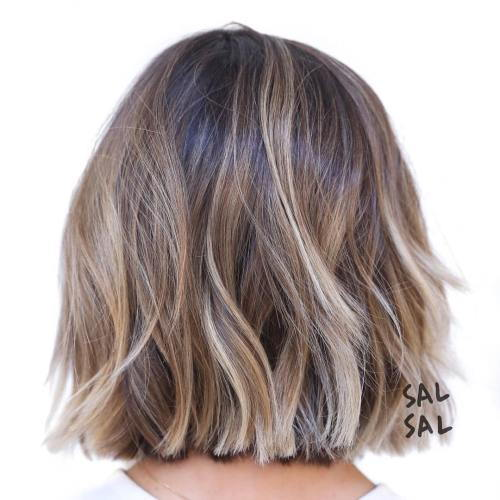 búrlivý Wavy Brown Blonde Bob