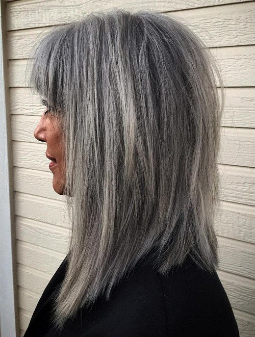 Srednje Salt And Pepper Hairstyle With Bangs