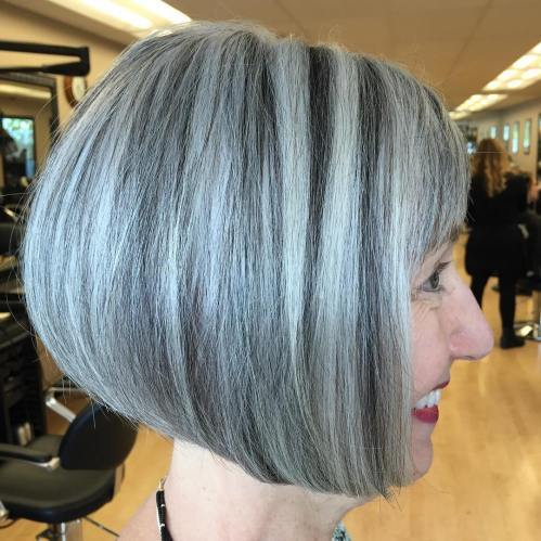Črna And Gray Balayage Bob