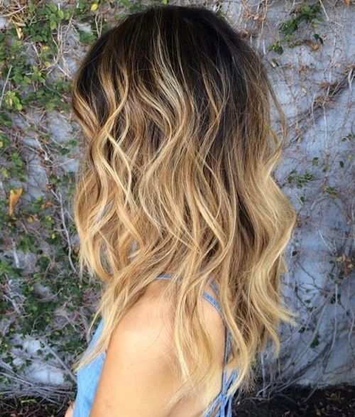 Blondinka Wavy Hair With Black Root Fade