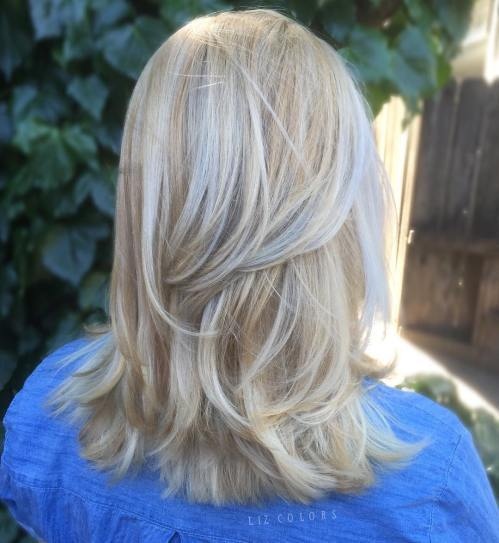 Platina Blonde Layered Hairstyle