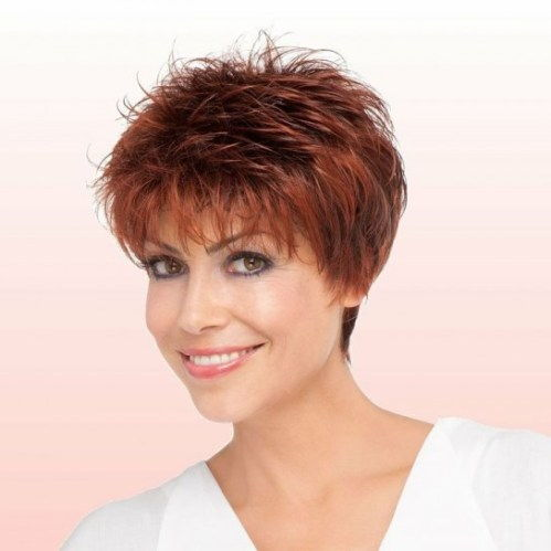 kratek feathered hairstyle for women over 50