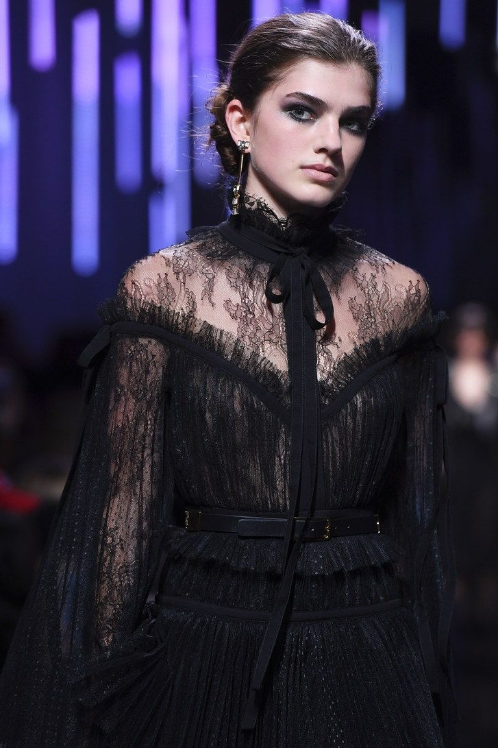 Elie Saab-2017-Fall-Beauty