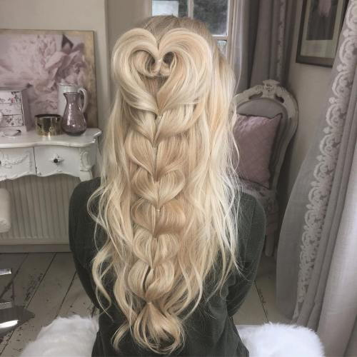 Rörig Half Updo With A Braid