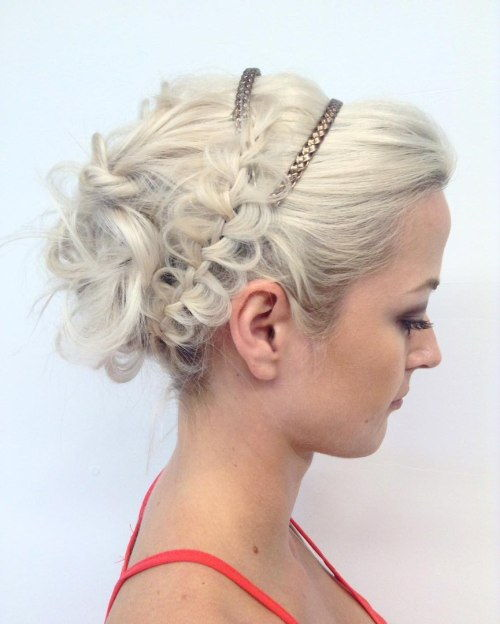 Lockig Messy Updo With A Braid