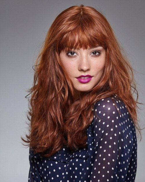 Lång Red Wavy Hair With Bangs