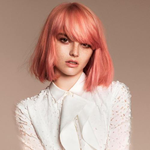 Pastell Pink Bob With Bangs
