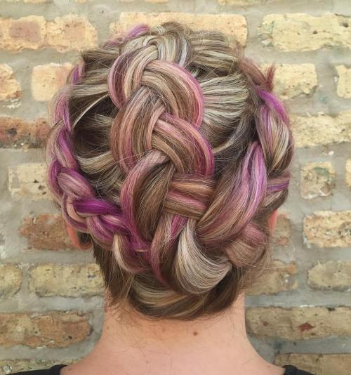 coroană And Hawk Braid Updo
